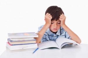 Bambino e compiti scolastici