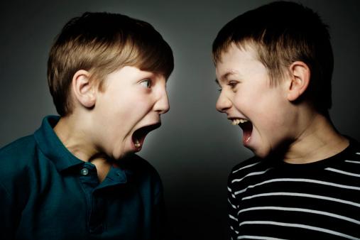 Cosa fare quando i tuoi figli litigano