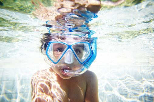 Come scegliere una maschera subacquea per snorkeling
