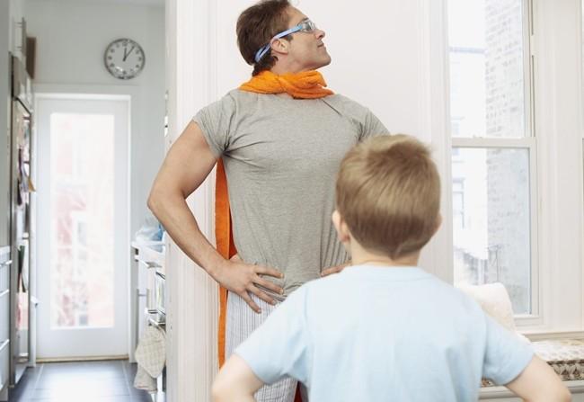 Mo te lo spiego a papà che supereroe sono